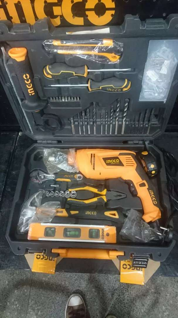 Ingco drill and tool kit 0
