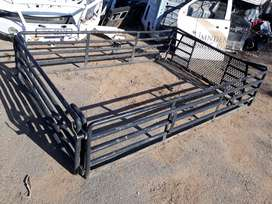 Toyota Hilux cattle cage longbase
