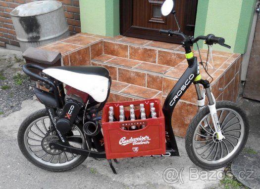 Motokolobezka crosco motor 3.6 kW 2takt max rychlost 60km/h 0