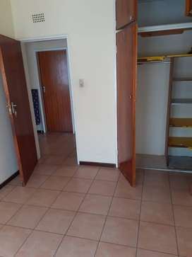 BEDROOM TO RENT IN A TOWNHOUSE WINDSOR WEST, RANDBURG.