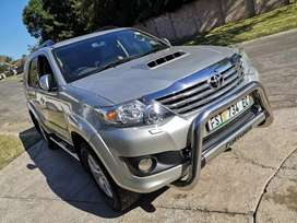 2011 Toyota Fortuner 3.0 D4D Raised Body Manual Heritage Edition