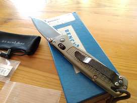 Benchmade bugout 535-GRY pocket knife collectible
