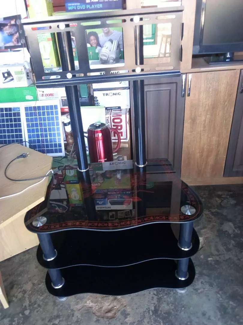 Flat TV stand 0