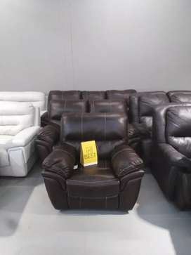 Lascalla 3 piece action lounge suite