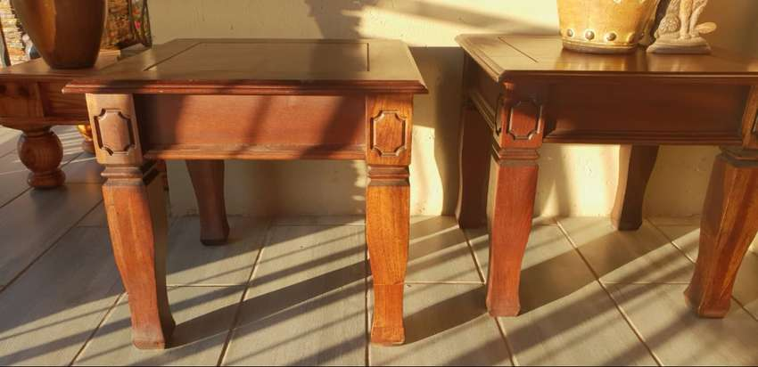 Coffee tables for sale 0