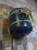 Переносной газовый баллон (канистра газовая) для лодок и катеров