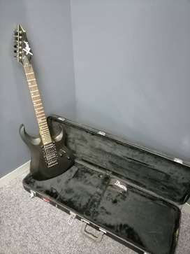 Cort X-5 electric guitar with case