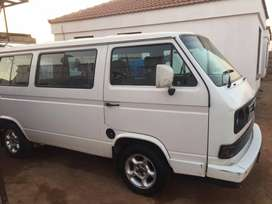 microbus 2,3 clean inside and out .