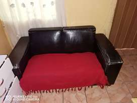 2 piece black leather couches