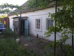 Дом старой постройки на 34 сотках земли в с. Кателино Очаковского р-на