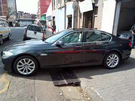 BMW 5-series 528i for SALE.