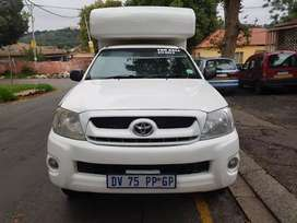 2010 Toyota Hilux 2.5 4x4 D4D single cab with Canopy
