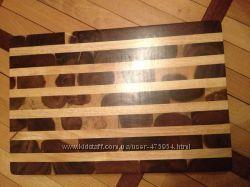 Продается деревянная разделочная доска.