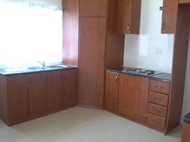 Modern 2 Bedroom Granny Flat to Rent in Seaview for R5999.00 Incl. Wat