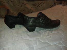 Продаю кожаные женские туфли р.38,стелька 25 см.