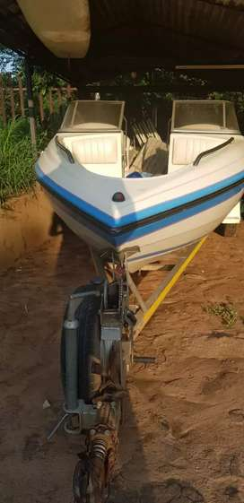 200 v6 yamaha 2stroke excellent condition