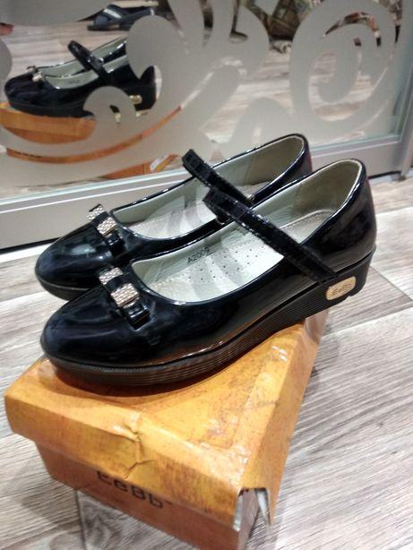 Туфли для девочки Чугуев - изображение 1