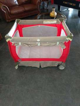 Travelsystem and camp cot combo