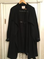 Продам женское брендовое пальто разлетайка размер М