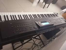 Roland g800 with compatible FC 7 CONTROLLER