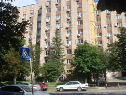 Собственник 70-100 кв.м в БЦ на Голосеевской,7 1-ый этаж НЕ ФАСАД