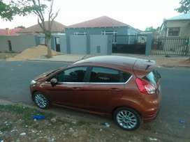 Ford fiesta 2016 available now for sale in perfect condition