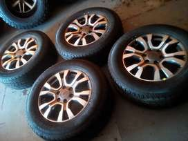 18'' set of original Ford Ranger(wildtrack) mags and tyres.