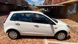 2015 Ford Figo for sell