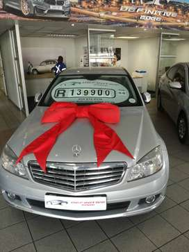2010 Mercedes Benz C180 , full service history, excellent condition,