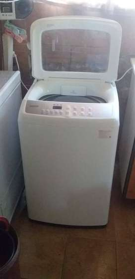 Samsung washing machine for sale  Description  9kg top loader Excellen