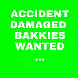 Accident damaged bakkies wanted