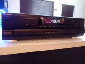 Vintage Technics 5 Disc CD player - SL PD 5