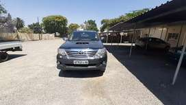 Selling Toyota Fortuner 2009 model