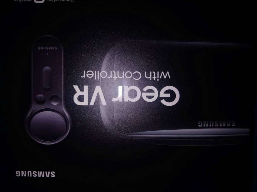 Samsung gear vr whit controller for any kind or Samsung phone 0