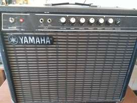 Yamaha Fifty112...Solid State Guitar Amp