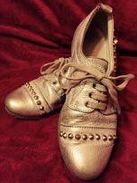 Кожаные золотые туфли Италия