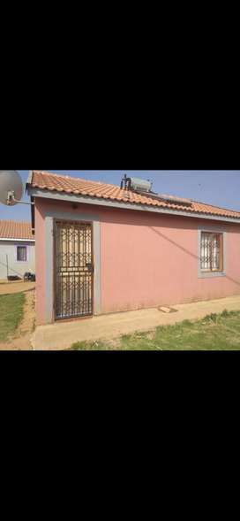 HOUSE FOR SALE IN OLIEVEN