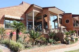 Upcoming Auction: Stunning 5 bed mansion in Hoeveld Park, Witbank