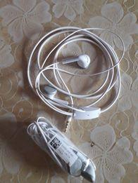 Навушники Зарядний пристрій Кабель