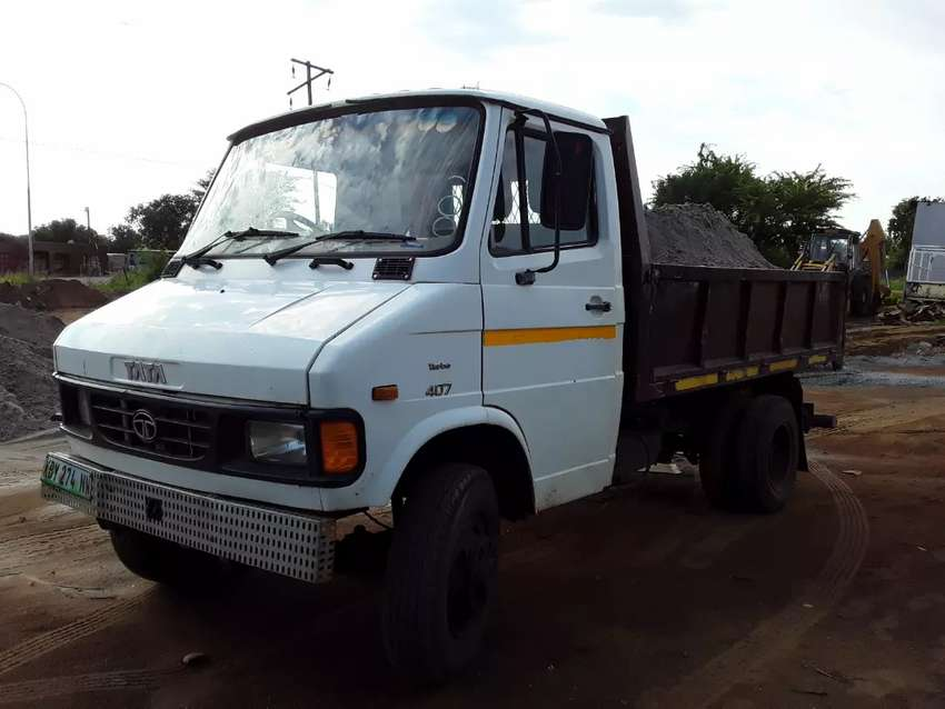 Tata 3ton tipper truck 2013 model. In good condition and works daily 0