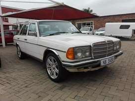 Mercedes Benz 230e manual