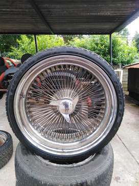 """""""LOW RIDER STYLE 20"""" INCH WIRE SPOKE MAGS AND TYRES"""