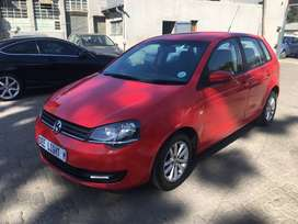2015 Volkswagen Polo Vivo 1.4 Trendline 5-Door 72000 kilo For R87,000