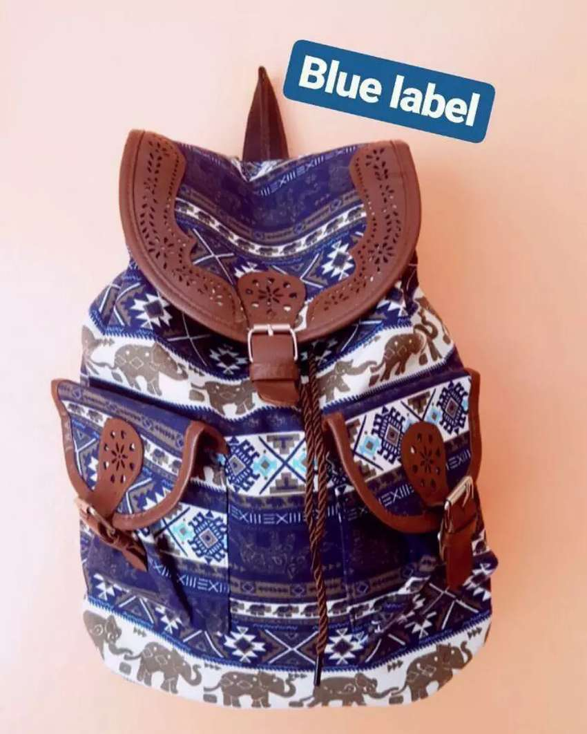 OFFER ON THIS TRENDY BAGS Free delivery 0