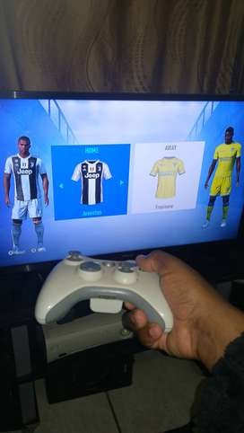 Xbox 360 with x4 controls & fifa19
