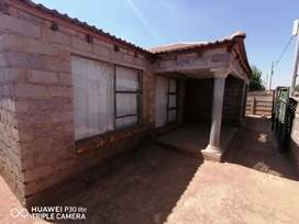 house is Daveyton Mayfield