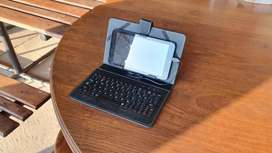 Tablet with keyboard cover