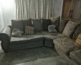 Corner 5 seater couch