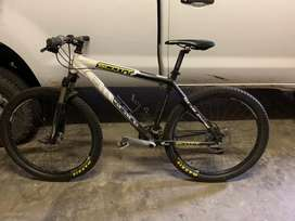 SCOTT Scale 40 Mountain Bike