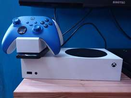 Xbox Series One and Ps4